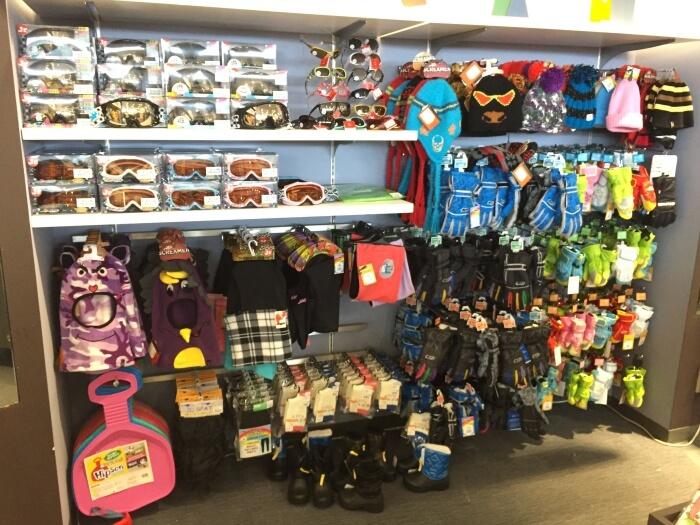 ハンターマウンテン塩原スキー場のショップは子供用のスキー用品も品揃えが豊富