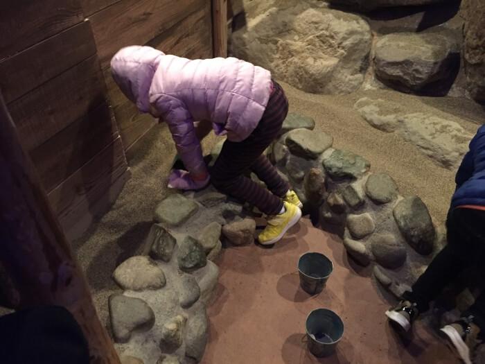 宝石探し トレジャーストーンパークの地下鉱山(ディープサンド)
