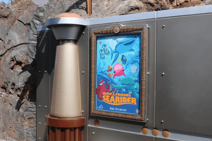 ディズニーシー:スタンバイで「ニモ&フレンズ・シーライダー」に乗る