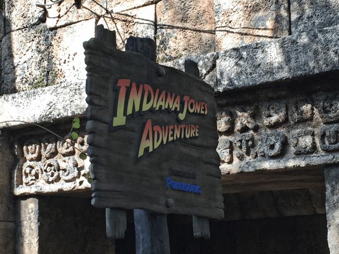 ディズニーシー:スタンバイで「インディ・ジョーンズ®・アドベンチャー: クリスタルスカルの魔宮」に乗る