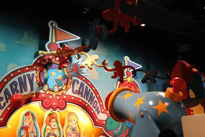 ディズニーシー:ファストパスで「トイ・ストーリー・マニア!」に乗る
