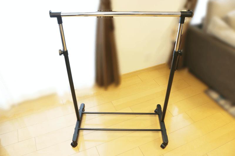 ゴミ分別ストッカーに最適な組み立て式(工具不要)伸縮タイプのキャスター付きパイプハンガー